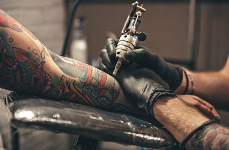 [香港刺青新聞] 紋身藝術家說,每天給自己紋身後,他的空間將用完